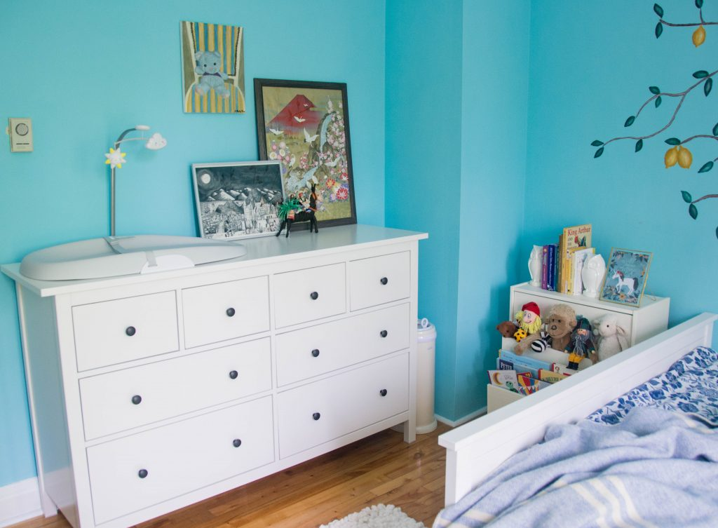 Ikea Hemnes dresser blue white unisex gender neutral baby nursery design decor Montreal lifestyle beauty fashion blog 1