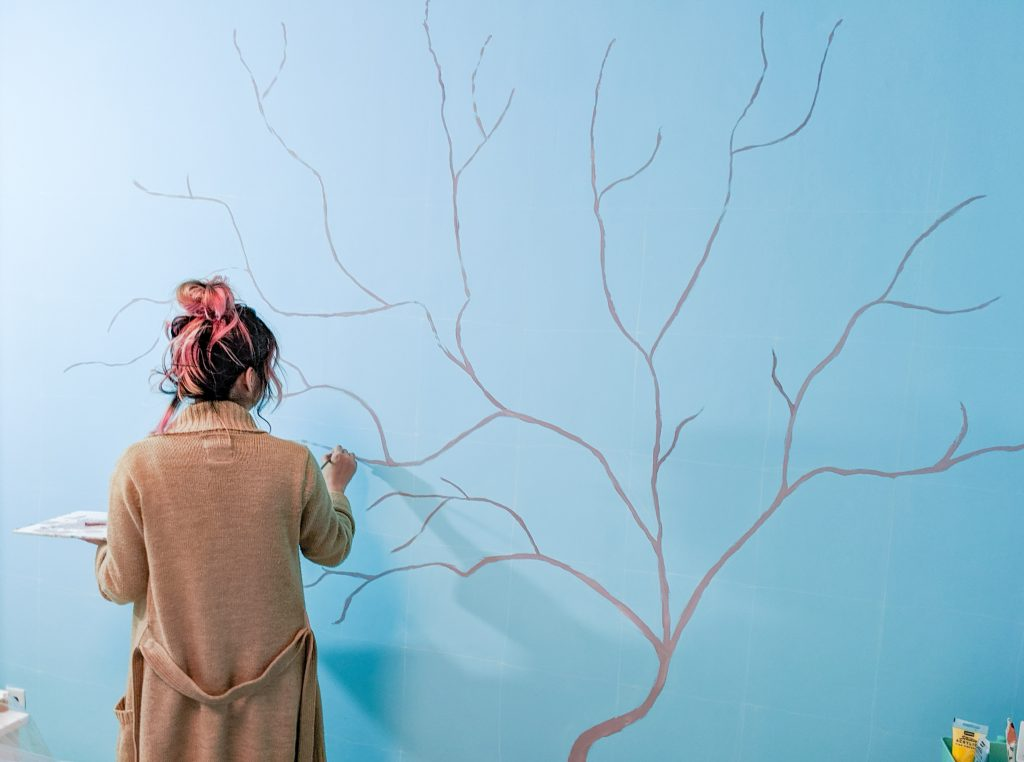 paint trunk and branches DIY lemon tree statement mural accent wall Montreal lifestyle fashion beauty blog 2
