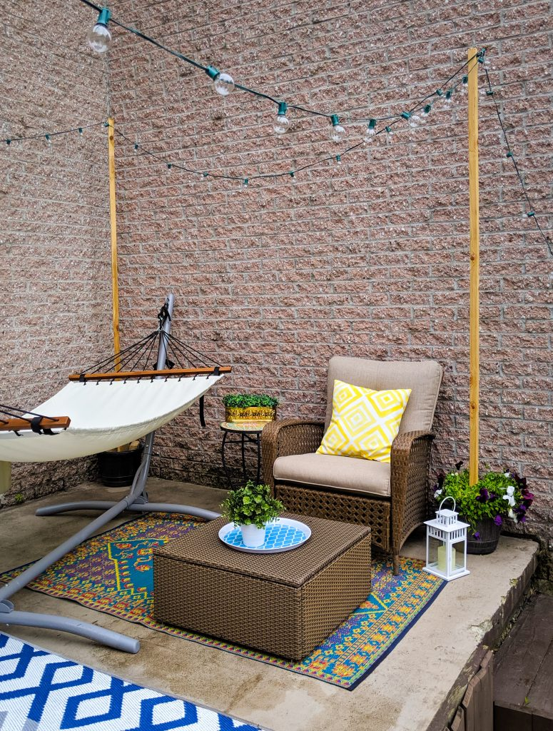 hammock lounging area patio deck design decor makeover remodel Montreal lifestyle beauty fashion blog