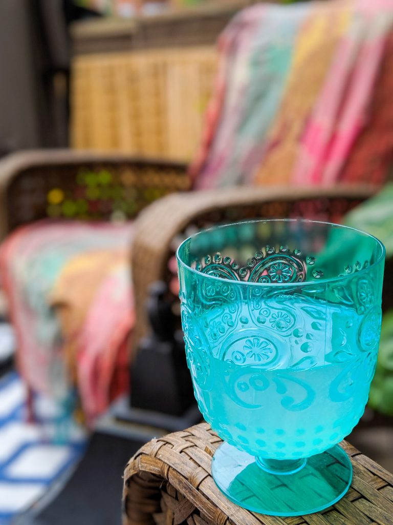 lemonade goblet patio deck design decor makeover remodel Montreal lifestyle beauty fashion blog