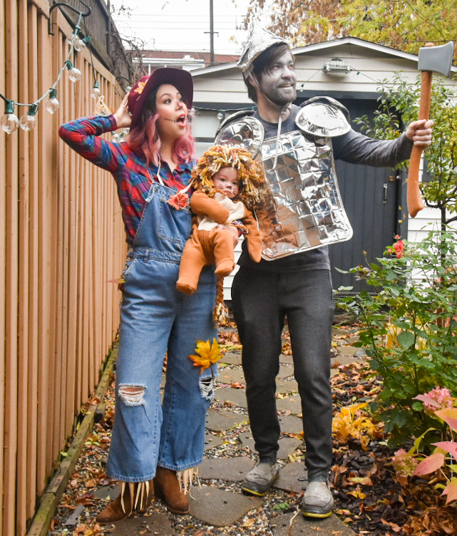 Wizard of Oz family Halloween costume tin man scarecrow lion Montreal fashion beauty lifestyle blog 3
