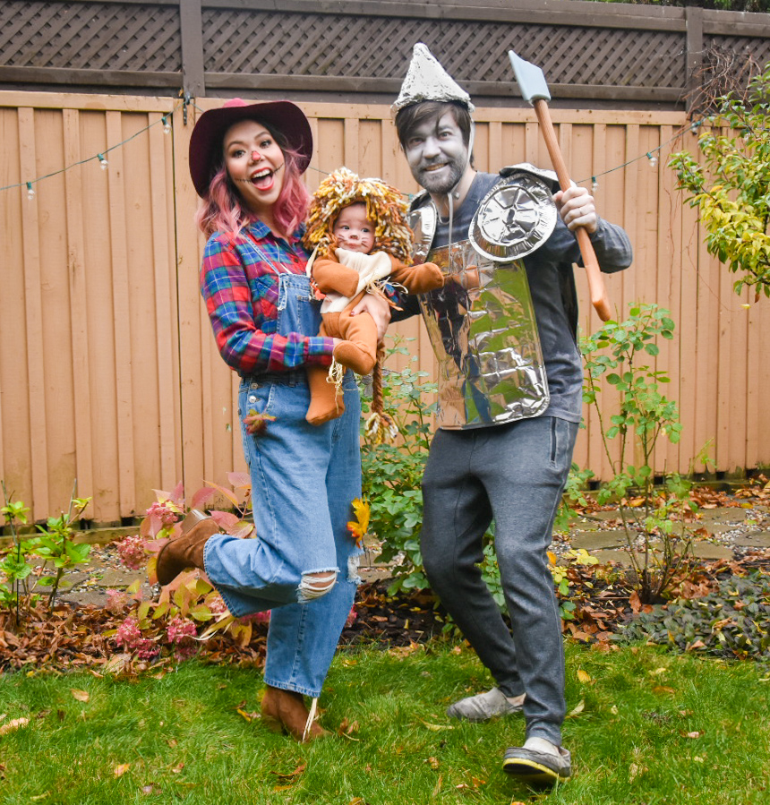 Wizard of Oz family Halloween costume tin man scarecrow lion Montreal fashion beauty lifestyle blog 4