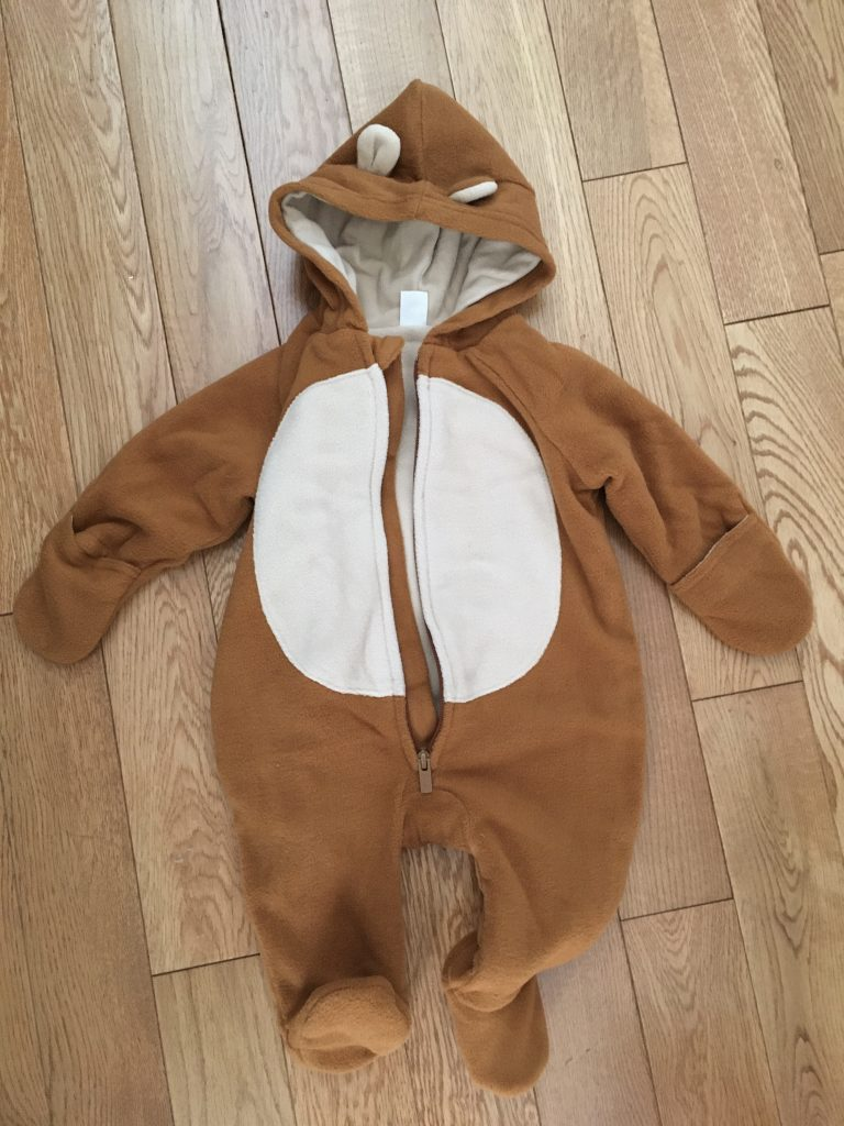 onesie DIY baby lion Halloween costume Montreal lifestyle beauty fashion blog