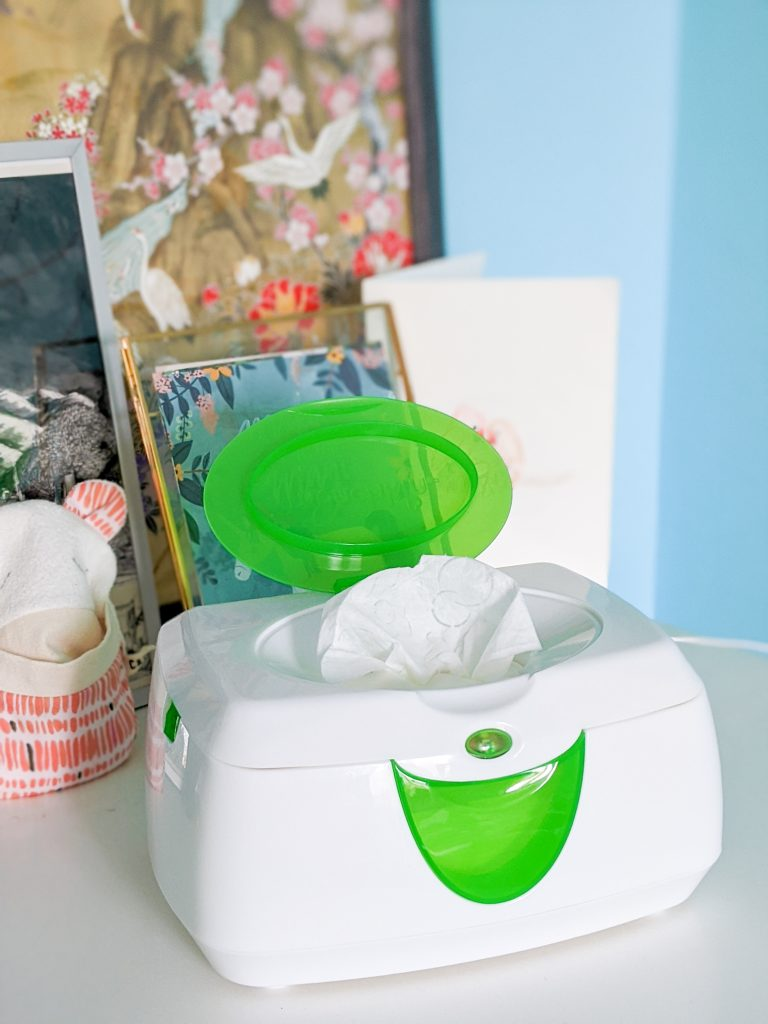 Munchkin Warm Glow Wipe Warmer best and worst baby purchase Montreal lifestyle blog