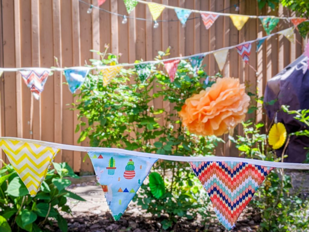DIY birthday party bunting banner Montreal lifestyle fashion beauty blog 4