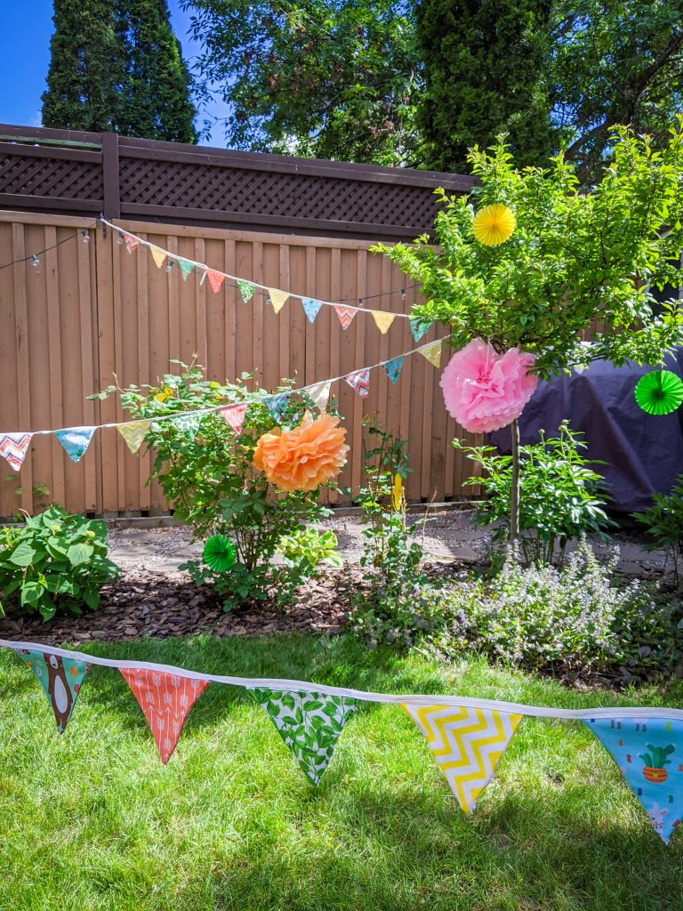DIY birthday party bunting banner Montreal lifestyle fashion beauty blog 5