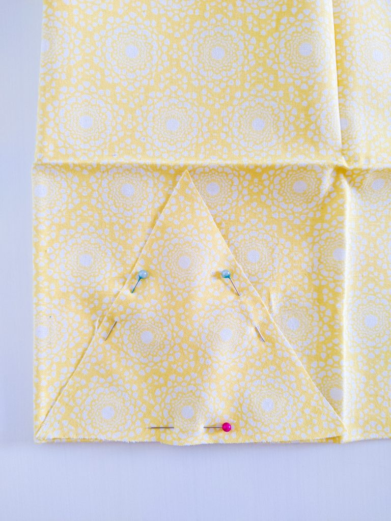 cut triangles DIY birthday party bunting banner Montreal lifestyle fashion beauty blog