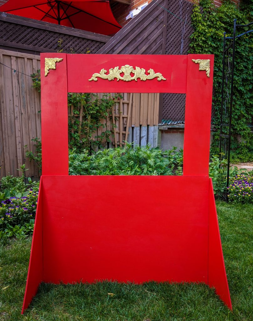 DIY puppet theatre Montreal lifestyle fashion beauty blog 6