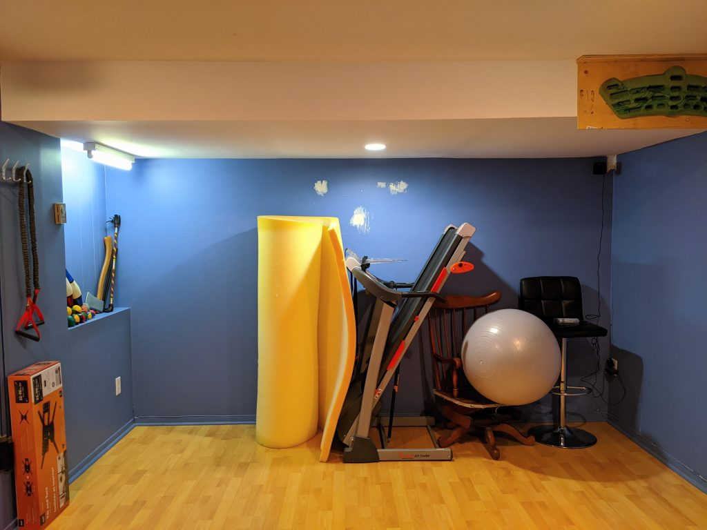 DIY multi-purpose basement gym remodel Montreal lifestyle fashion beauty blog 4