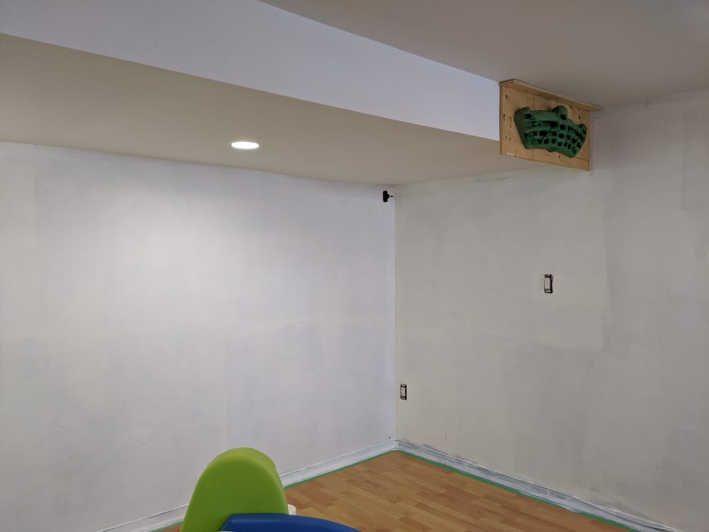 paint room DIY multi-purpose basement gym remodel Montreal lifestyle fashion beauty blog