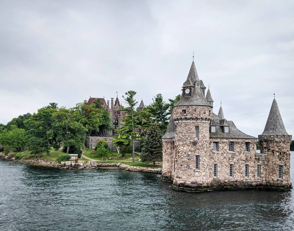 Boldt Castle Gananoque Boat Tour 1000 Islands Sandbanks Provincial Park travel Montreal lifestyle fashion beauty blog