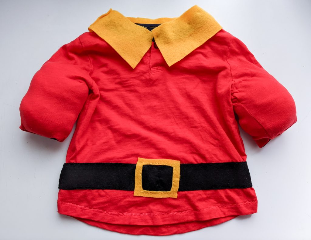 DIY toddler Gaston Halloween costume Montreal lifestyle fashion beauty blog 1