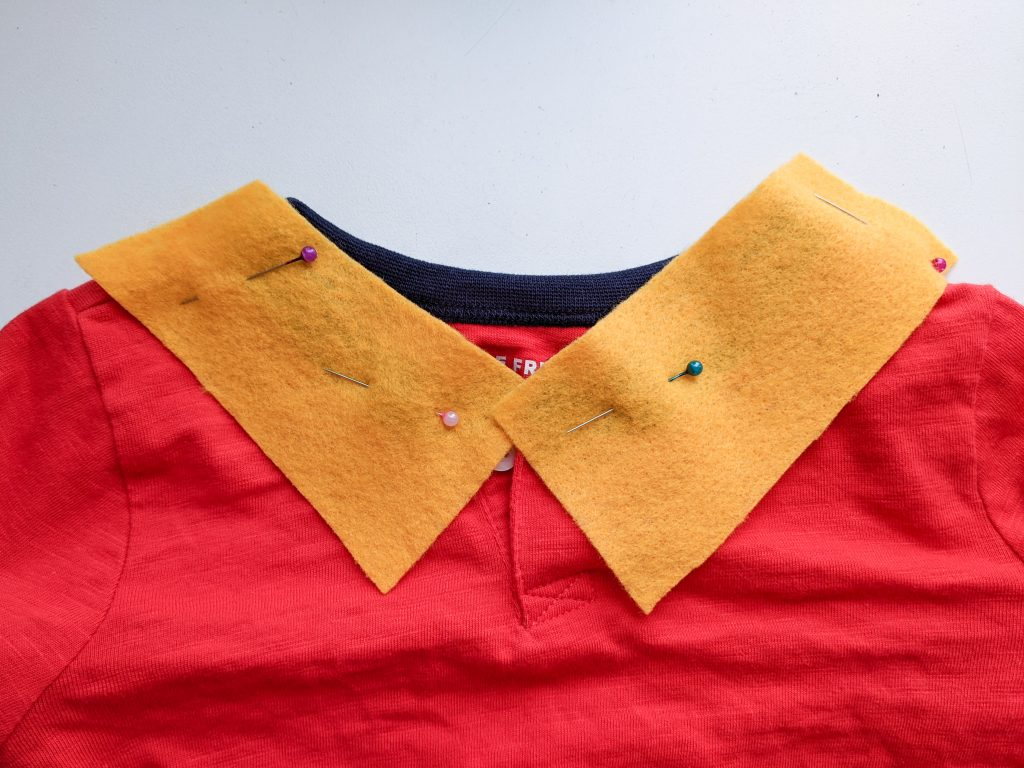 pin felt for collar DIY toddler Gaston Halloween costume Montreal lifestyle fashion beauty blog