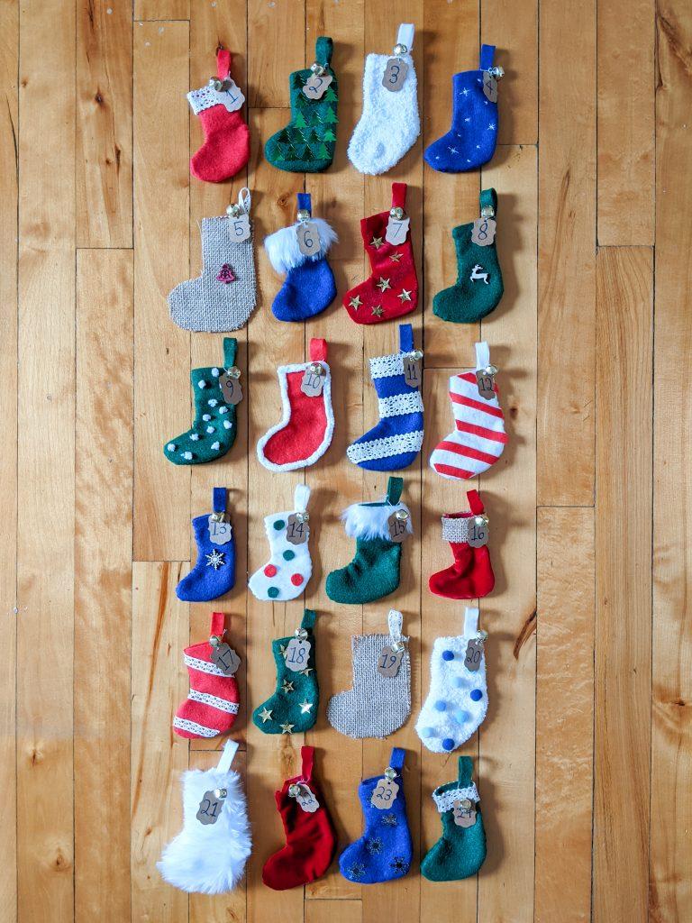 finished stockings DIY advent calendar Montreal lifestyle fashion beauty blog