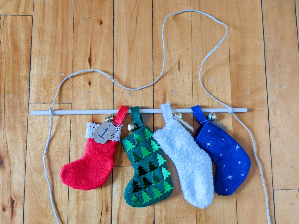 tie string to dowel DIY advent calendar Montreal lifestyle fashion beauty blog