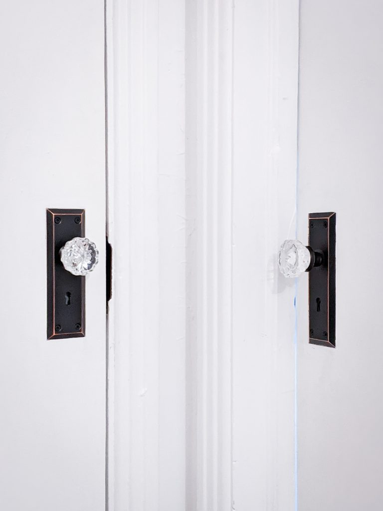 after vintage-inspired mortise lock doorknob DIY door remodel makeover Montreal lifestyle beauty fashion blog 2