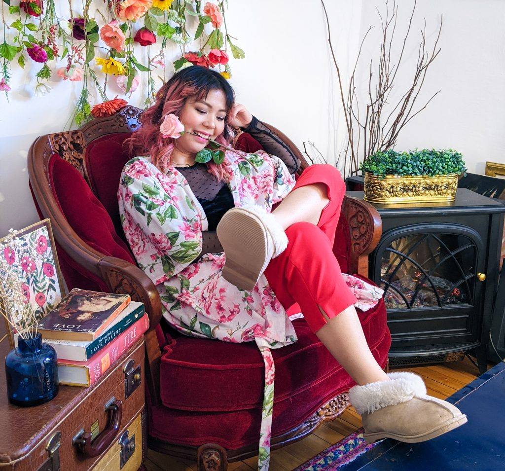 polka dot mesh velvet sweatheart top red trousers floral robe slippers stay-at-home Valentine's Day date night Montreal fashion lifestyle beauty blog 3