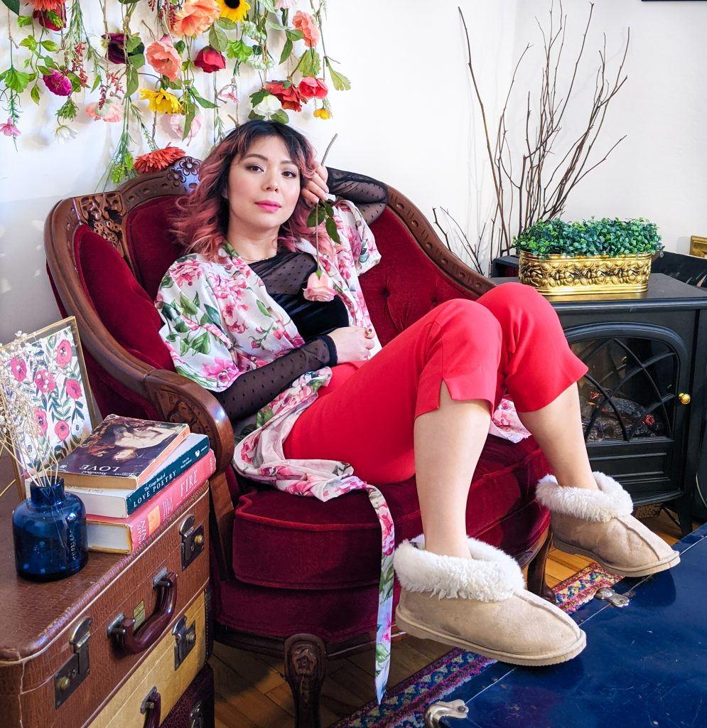 polka dot mesh velvet sweatheart top red trousers floral robe slippers stay-at-home Valentine's Day date night Montreal fashion lifestyle beauty blog 4