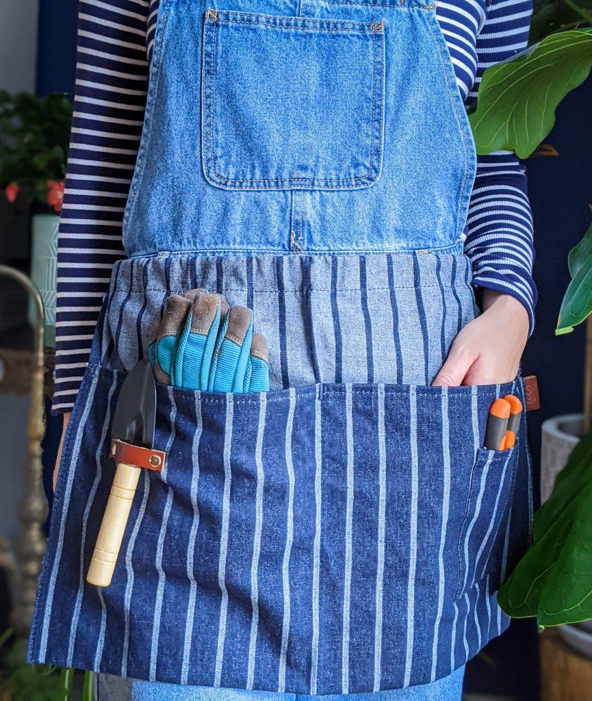 Sophie Conran waist apron gardening gear favourites Montreal lifestyle fashion beauty blog 2