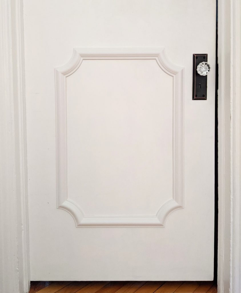 after how to install door trim decorative moulding DIY door makeover Montreal lifestyle fashion beauty blog
