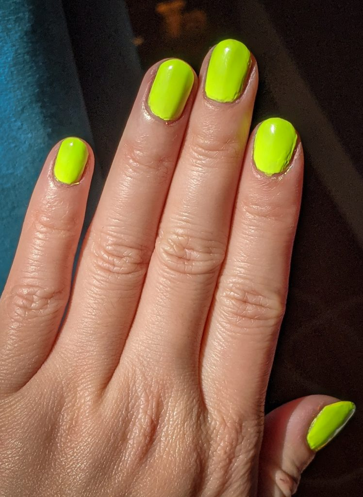 Tropic Like It's Hot China Glaze Havana Nights collection review swatch Montreal beauty fashion lifestyle blog 1