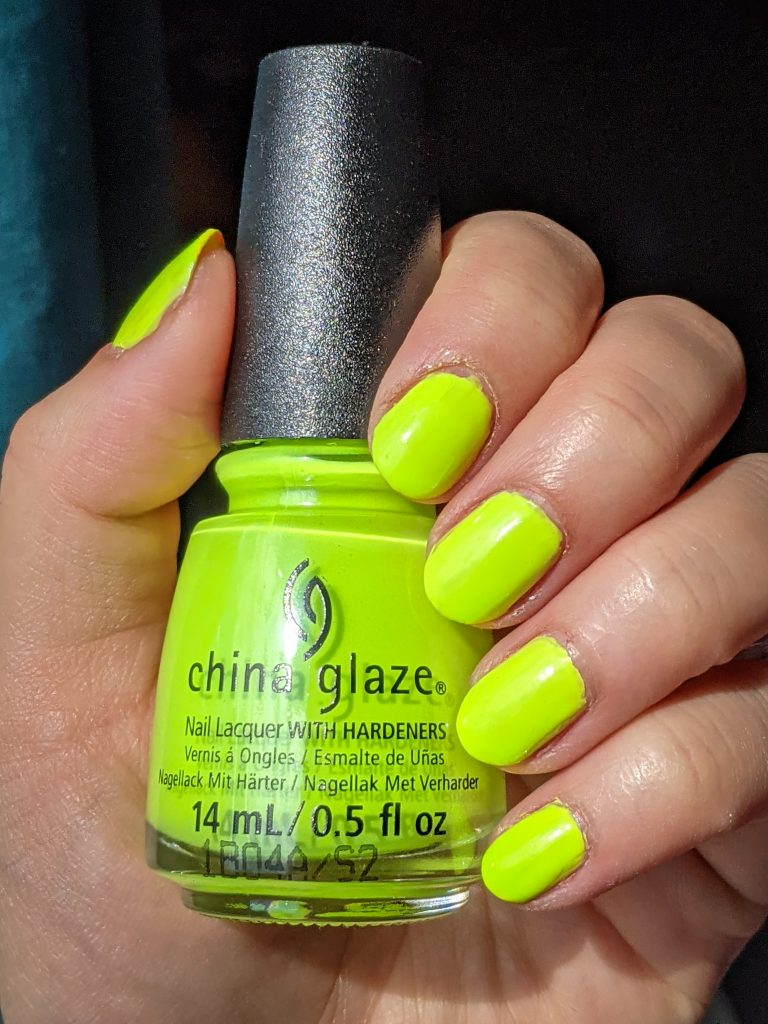 Tropic Like It's Hot China Glaze Havana Nights collection review swatch Montreal beauty fashion lifestyle blog 2