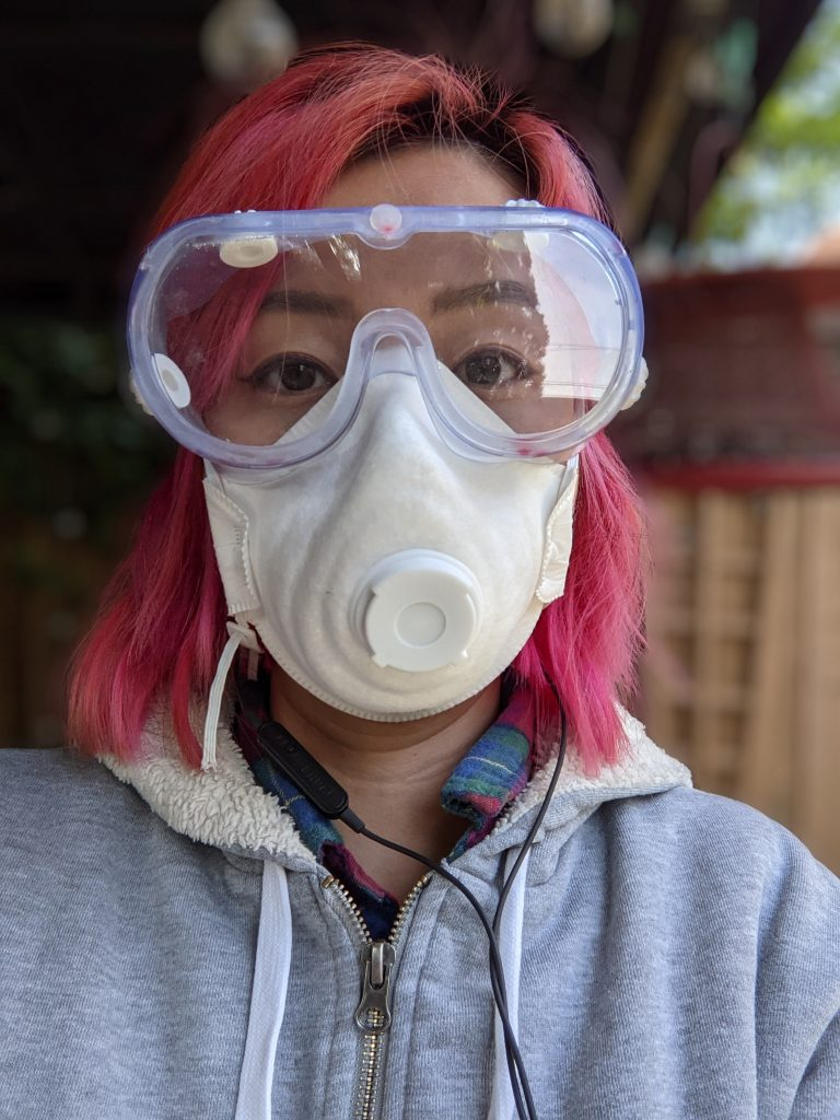 wear protective gear DIY thrifted dresser remodel makeover Montreal lifestyle fashion beauty blog