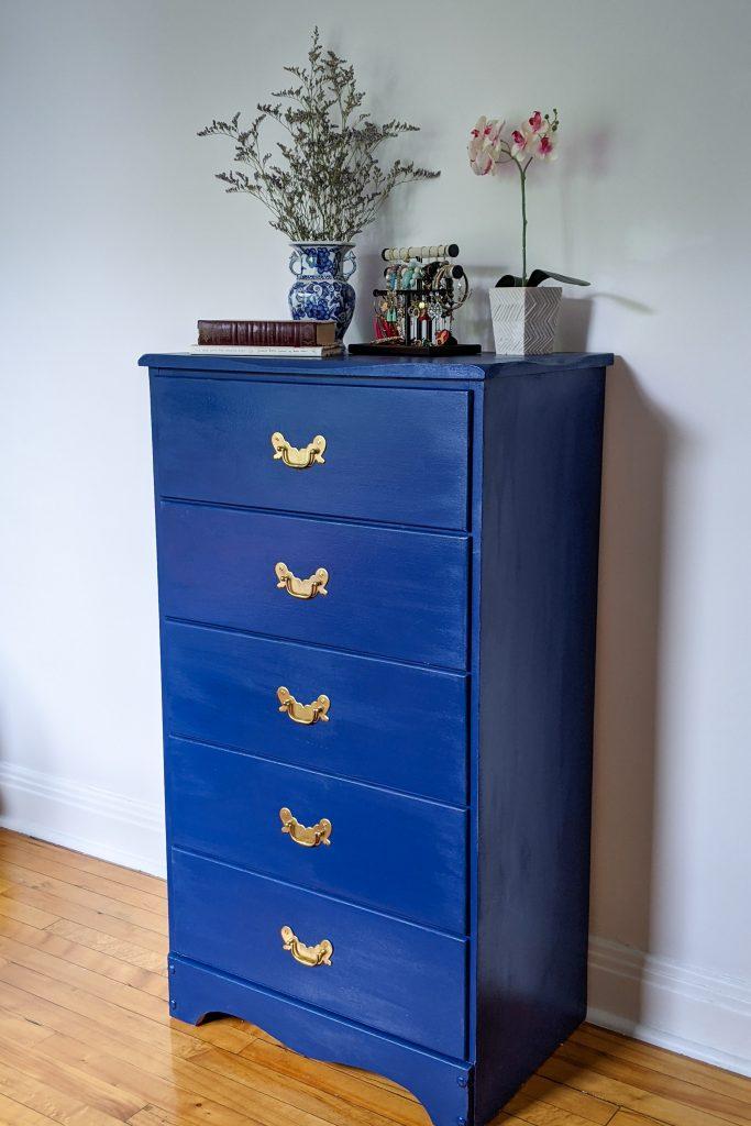 dresser after DIY master bedroom makeover remodel Montreal lifestyle fashion beauty blog