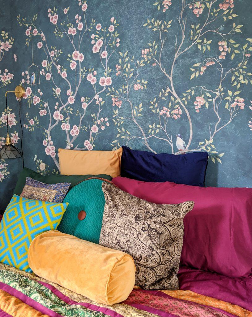 after wallpaper DIY master bedroom makeover remodel Montreal lifestyle fashion beauty blog