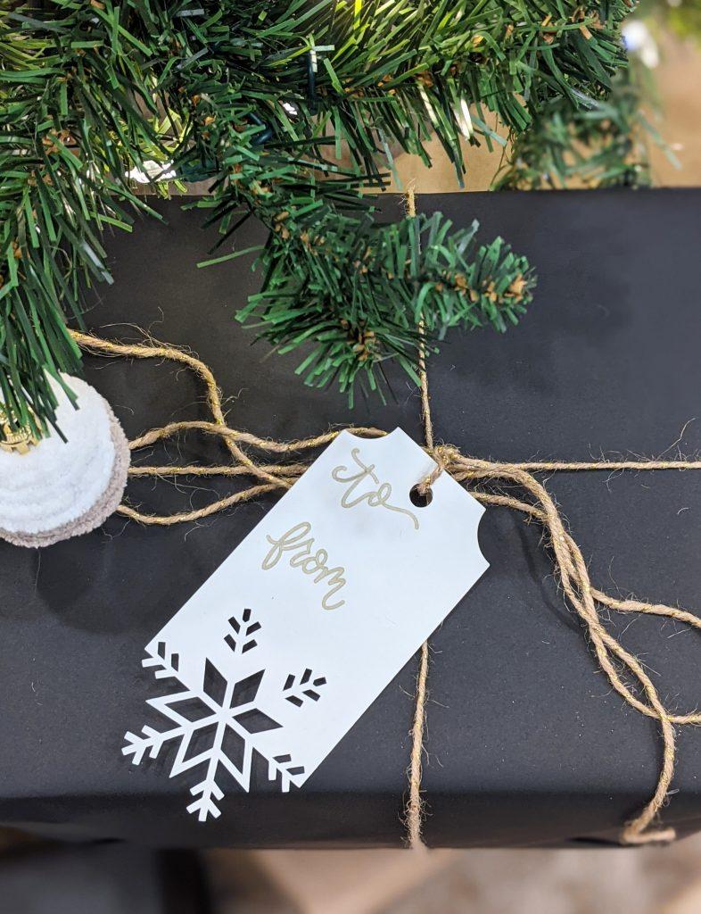 holiday DIY Cricut Montreal lifestyle fashion beauty blog 3
